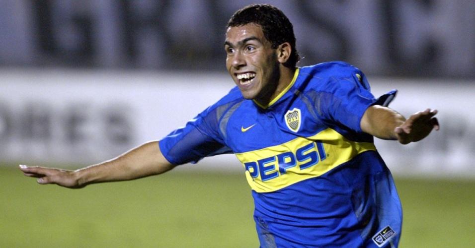 Carlos Tevez defendeu o Boca Junrios entre 2001 e 2004