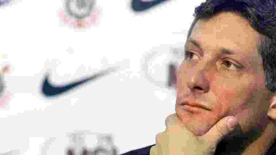 Márcio Bittencourt durante coletiva em 2005, quando era técnico do Corinthians - Keiny Andrade/Folha Imagem