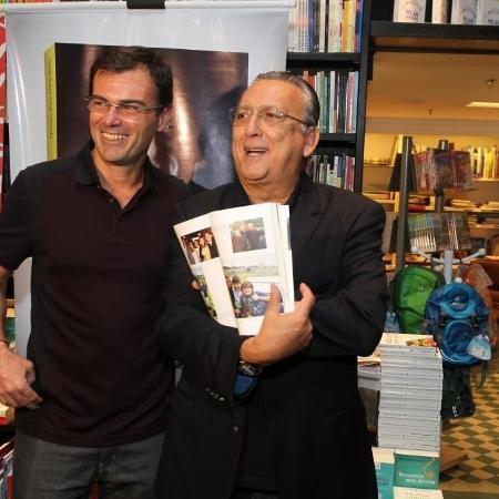 Parceria Tino Marcos e Galvão Bueno marcou gerações nas transmissões da seleção  - Agnews