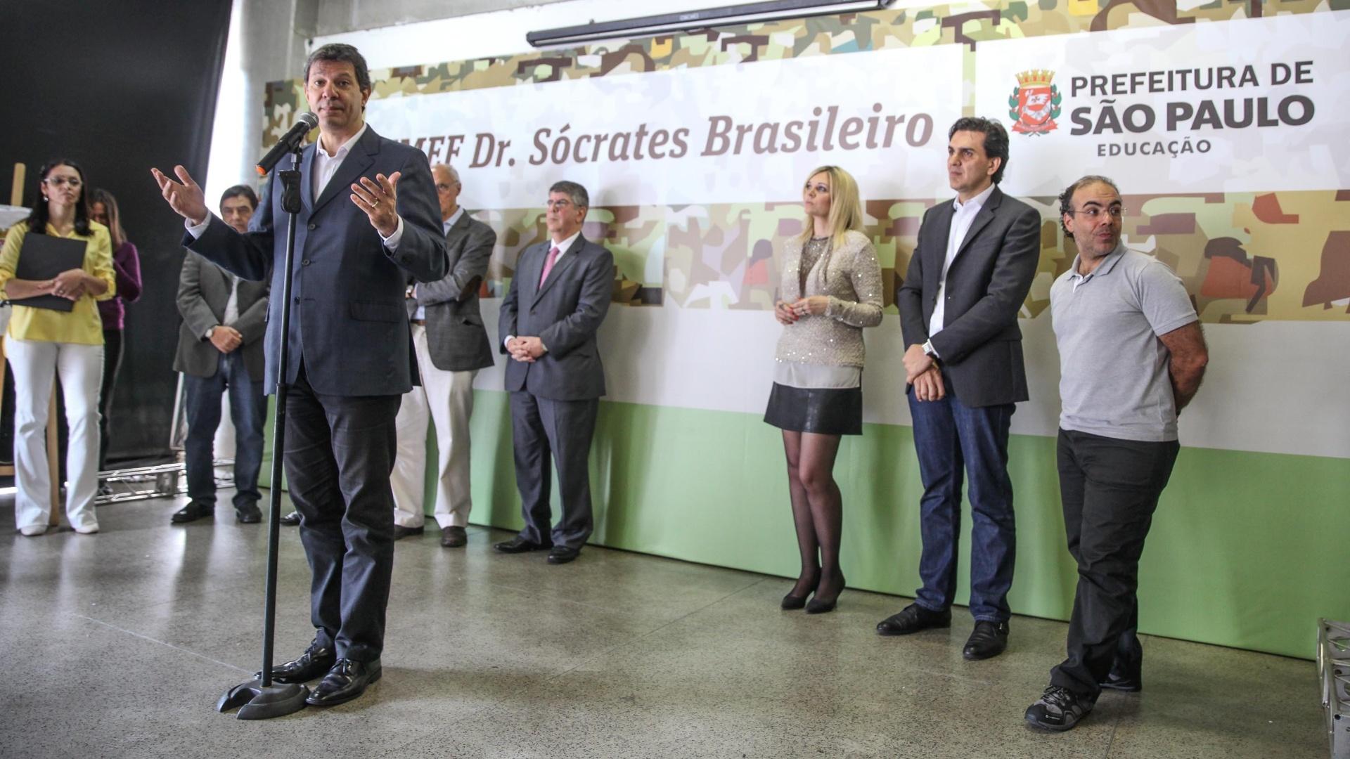 Sócrates, morto em dezembro de 2011, dará nome a uma escola na zona sul de São Paulo