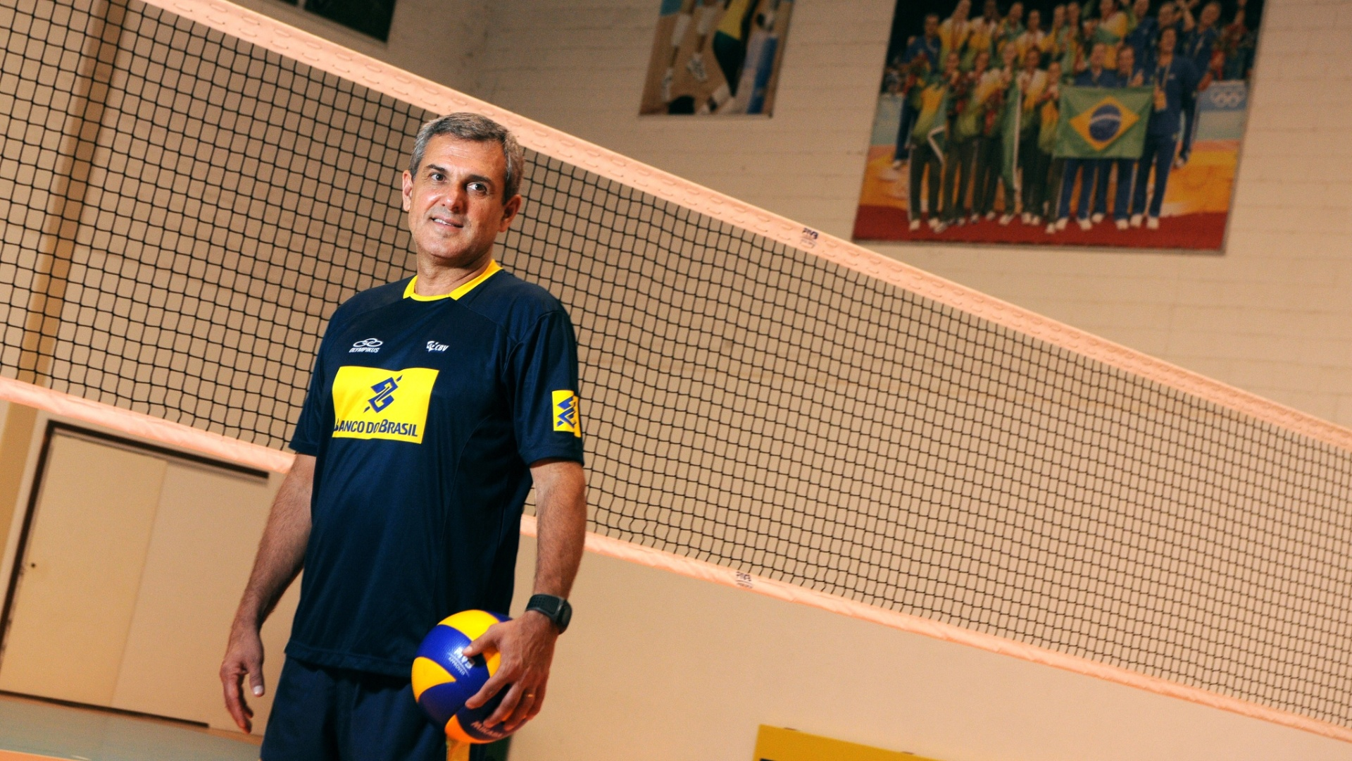 Zé Roberto no Centro de Treinamento da CBV, em Saquarema (RJ)
