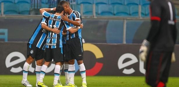 Grêmio vence o Campinense  sem fazer força  e avança na Copa do ... 96d81ee835ac5