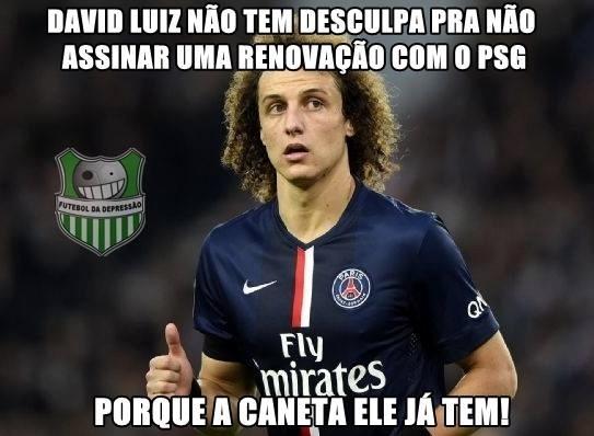 Internautas não perdoam falhas de David Luiz e criam memes ironizando as 'canetas' que o zagueiro levou