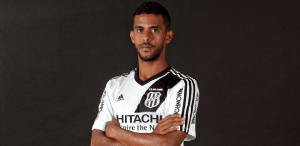 O zagueiro Renato Chaves se destacou pela Ponte Preta no último Campeonato Brasileiro