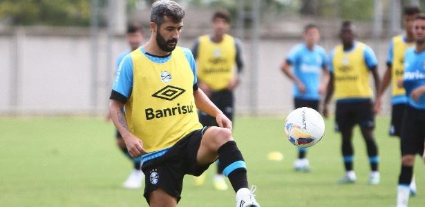 Oferta do Grêmio prevê mais um ano de contrato com prorrogação por outros 12 meses - Lucas Uebel/Divulgação Grêmio