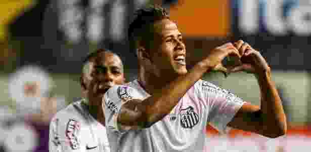 Geuvânio comemora gol marcado pelo Santos contra o São Paulo, na semifinal do Paulistão - Rubens Cavallari/Folhapress - Rubens Cavallari/Folhapress