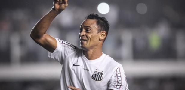 Ricardo Oliveira é principal goleador do Paulista e joga final neste domingo