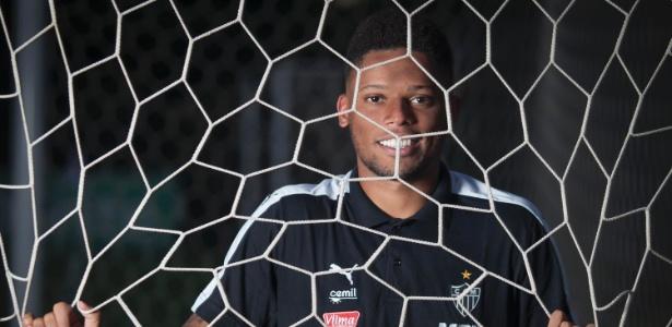 Atlético-MG tem seis meses de contrato com André, que será do Corinthians no próximo semestre - Alexandre C Mota