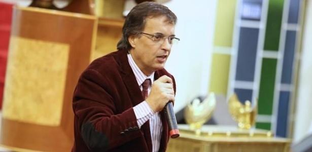 O apóstolo Paulo Moura, que diz estar muito chateado com a repercussão do episódio - Igreja Mundial Graça e Paz