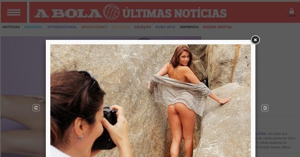 """Diversas fotos sensuais de Maria Melilo foram expostas pelo """"A Bola"""""""
