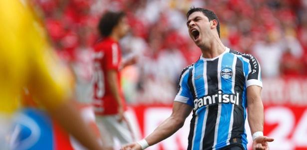 Giuliano pode perder estreia do Grêmio na Libertadores diante do Toluca