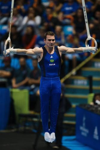 Zanetti mais uma vez mostrou que é o atleta a ser batido nas argolas ao ficar com o ouro