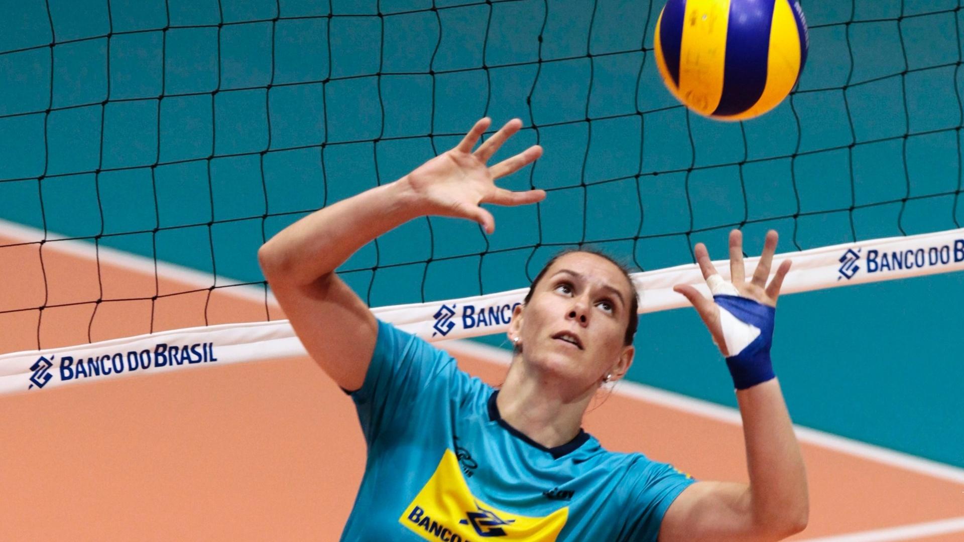 Fabiola defende atuamente o Dinamo Krasnodar, da Rússia