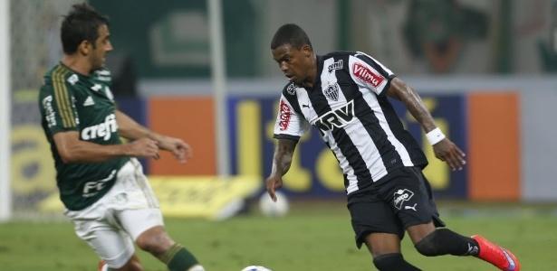 Maicosuel pode não retornar ao Atlético-MG. Al Sharjah deseja continuar com o jogador