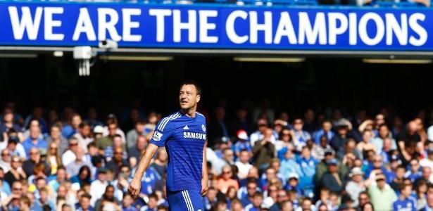 Ídolo da torcida do Chelsea, John Terry jogará mais um ano em Londres