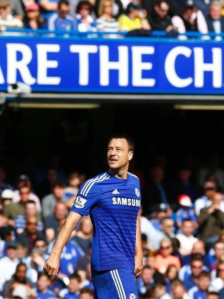 John Terry atuando pelo Chelsea em 2015 - Eddie Keogh/Reuters