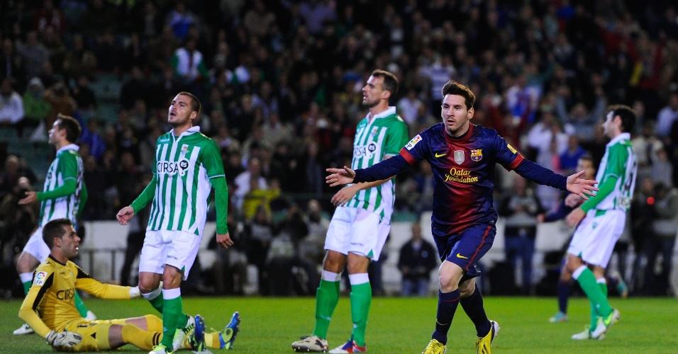 No jogo entre Real Betis e Barcelona, os jogadores adversários ficaram atônitos após o gol marcado por Messi