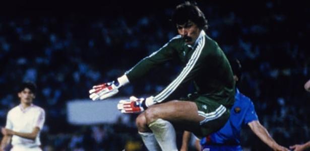 Duckadam, de 1,93m de altura, parou o Barcelona na final de 1986