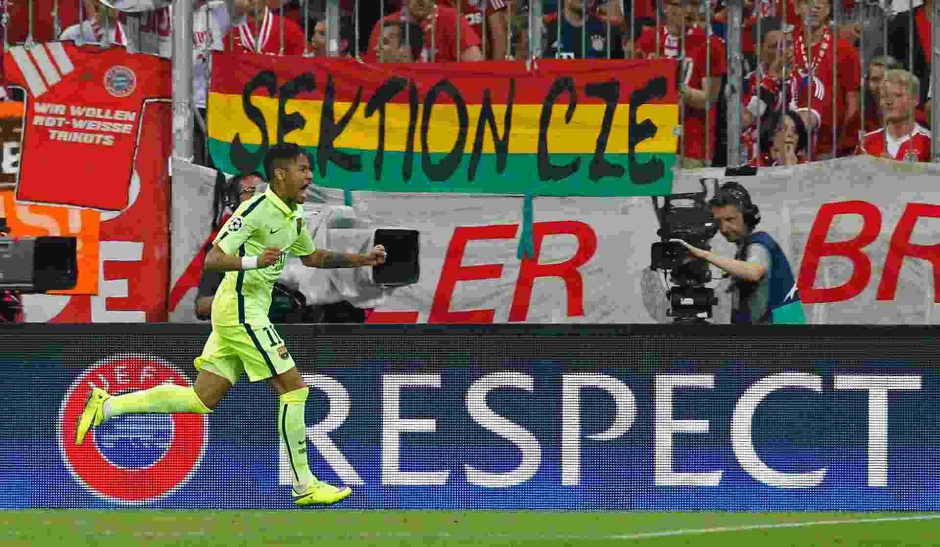 Neymar comemora o primeiro gol do Barcelona - Albert Gea/Reuters