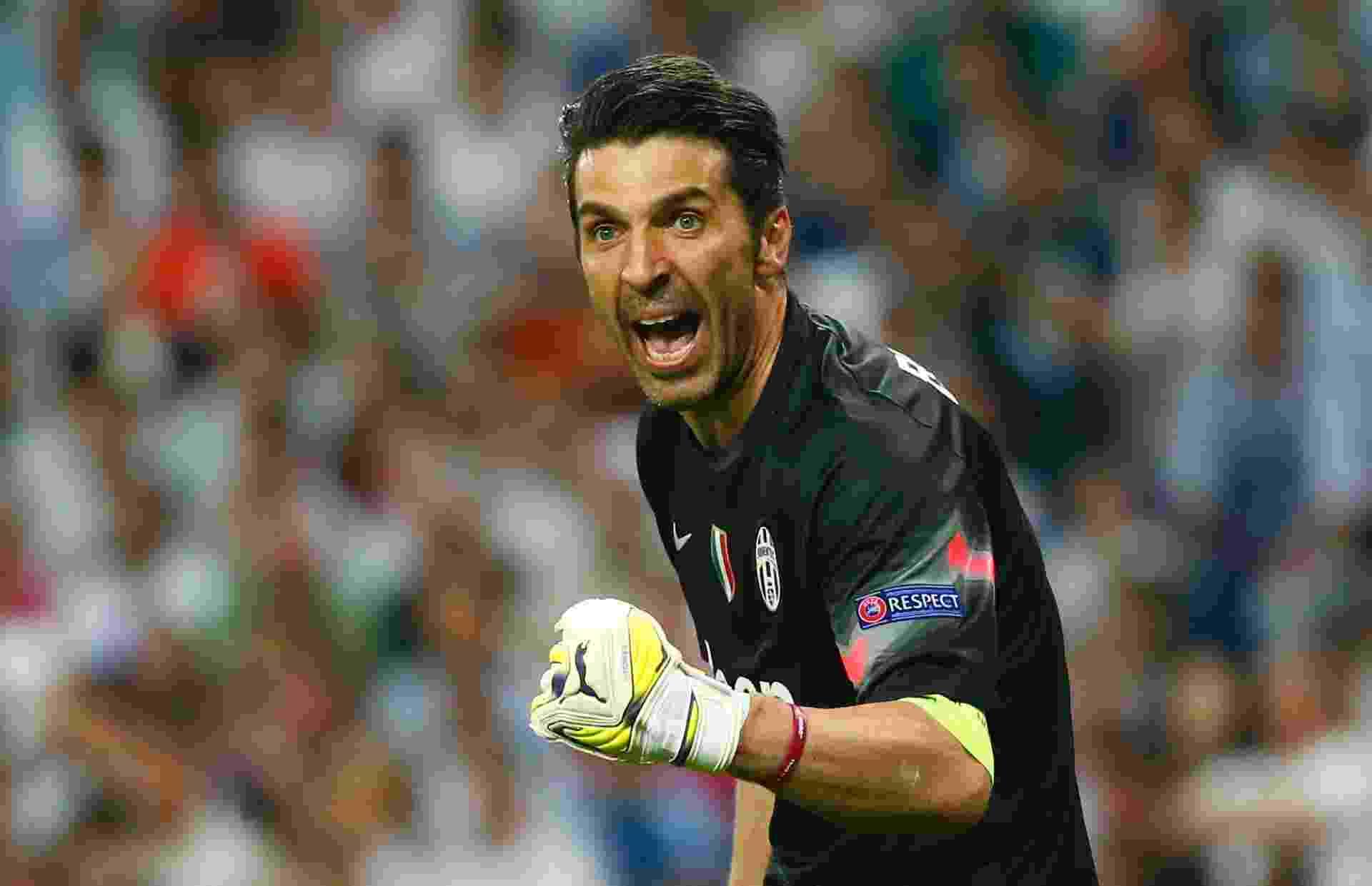 Buffon vibra com o gol de empate da Juventus - Tony Gentile/Reuters