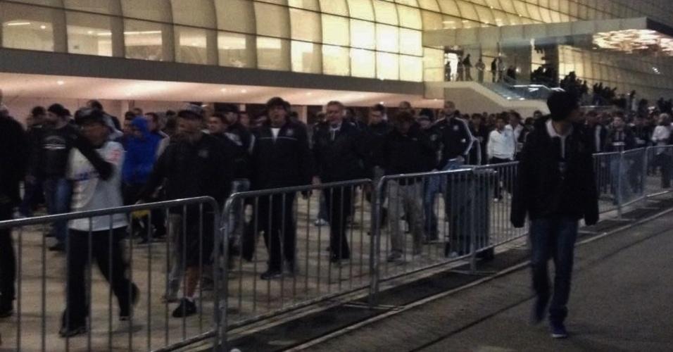 Torcedores deixam a Arena Corinthians após eliminação na Libertadores
