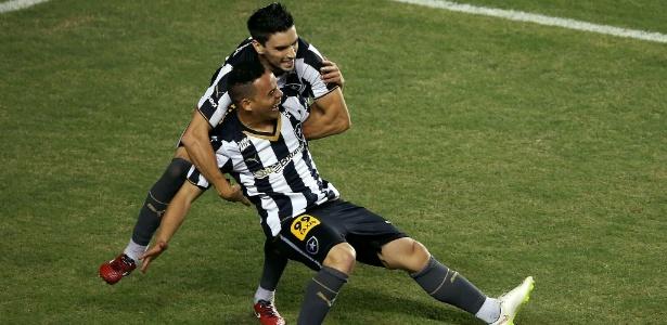 Lulinha e Rodrigo Pimpão começam a disputar espaço no ataque titular do Botafogo