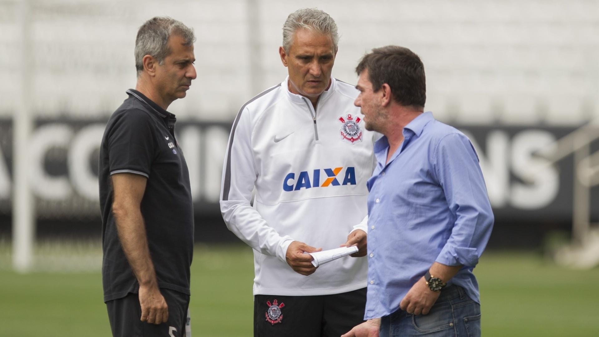Andrés Sanchez conversa com Tite na Arena Corinthians
