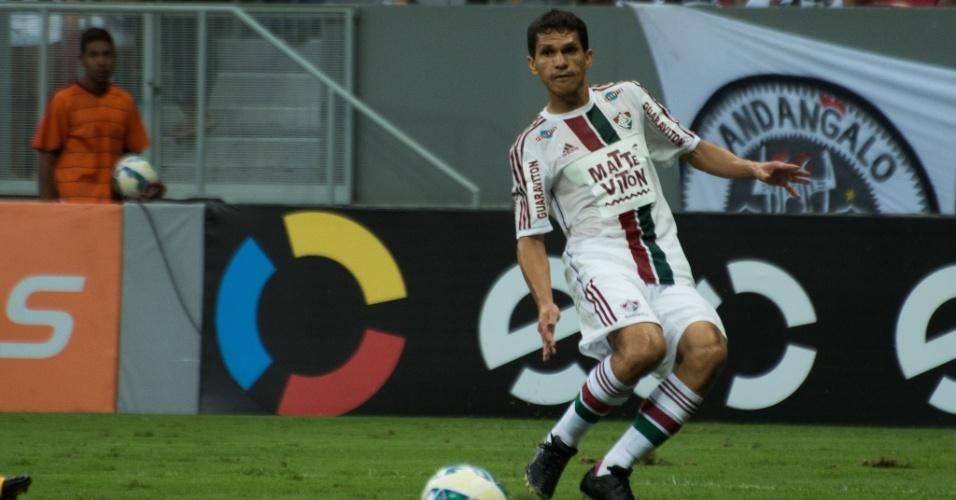 Magno Alves fez sua reestreia pelo Fluminense com derrota no Mané Garrincha
