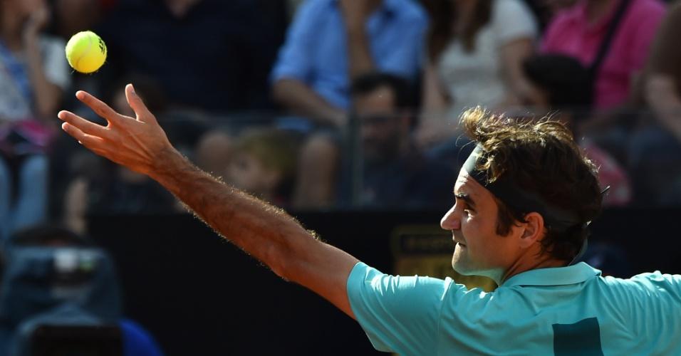 Novak Djokovic levou melhor sobre Roger Federer na final de Roma e conquistou sua quinta taça na temporada