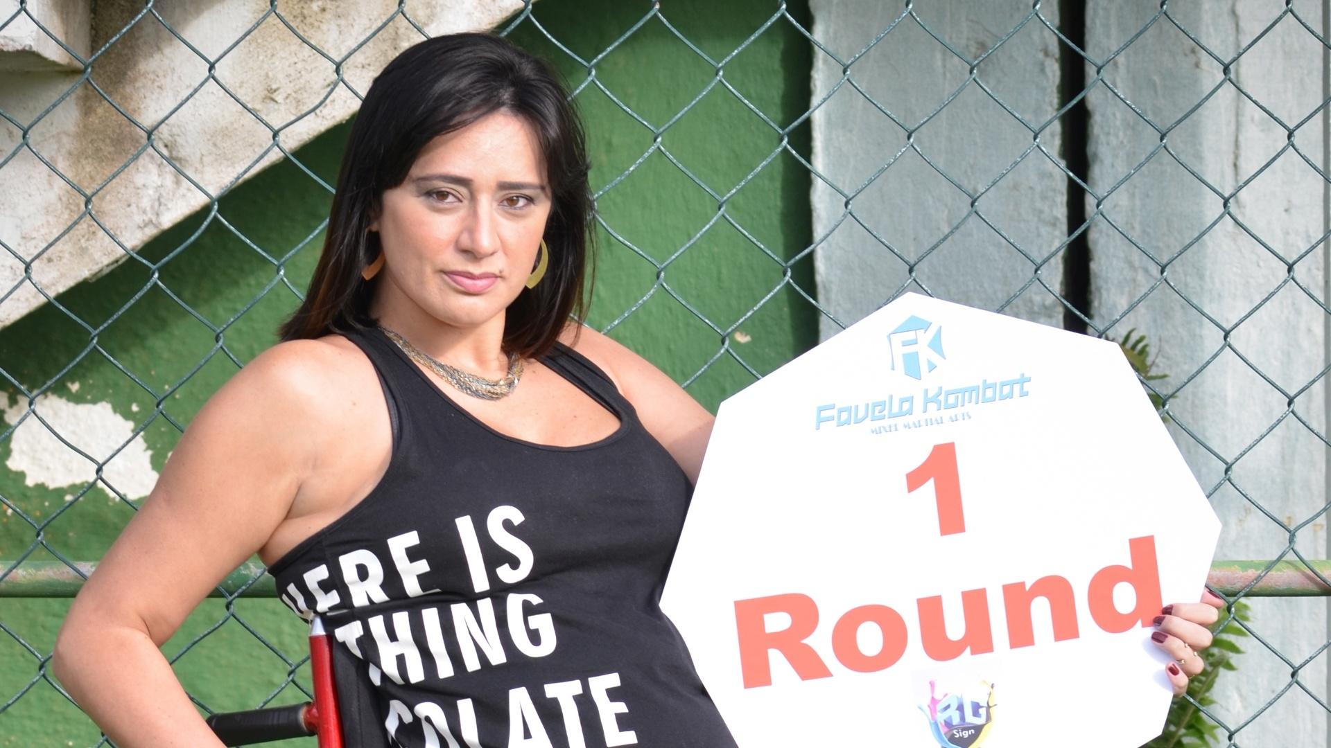 20.05.2015 - 20.05.2015 - A cadeirante Vanessa Pimentel será ring girl no Favela Kombat, em mais uma tentativa do evento de