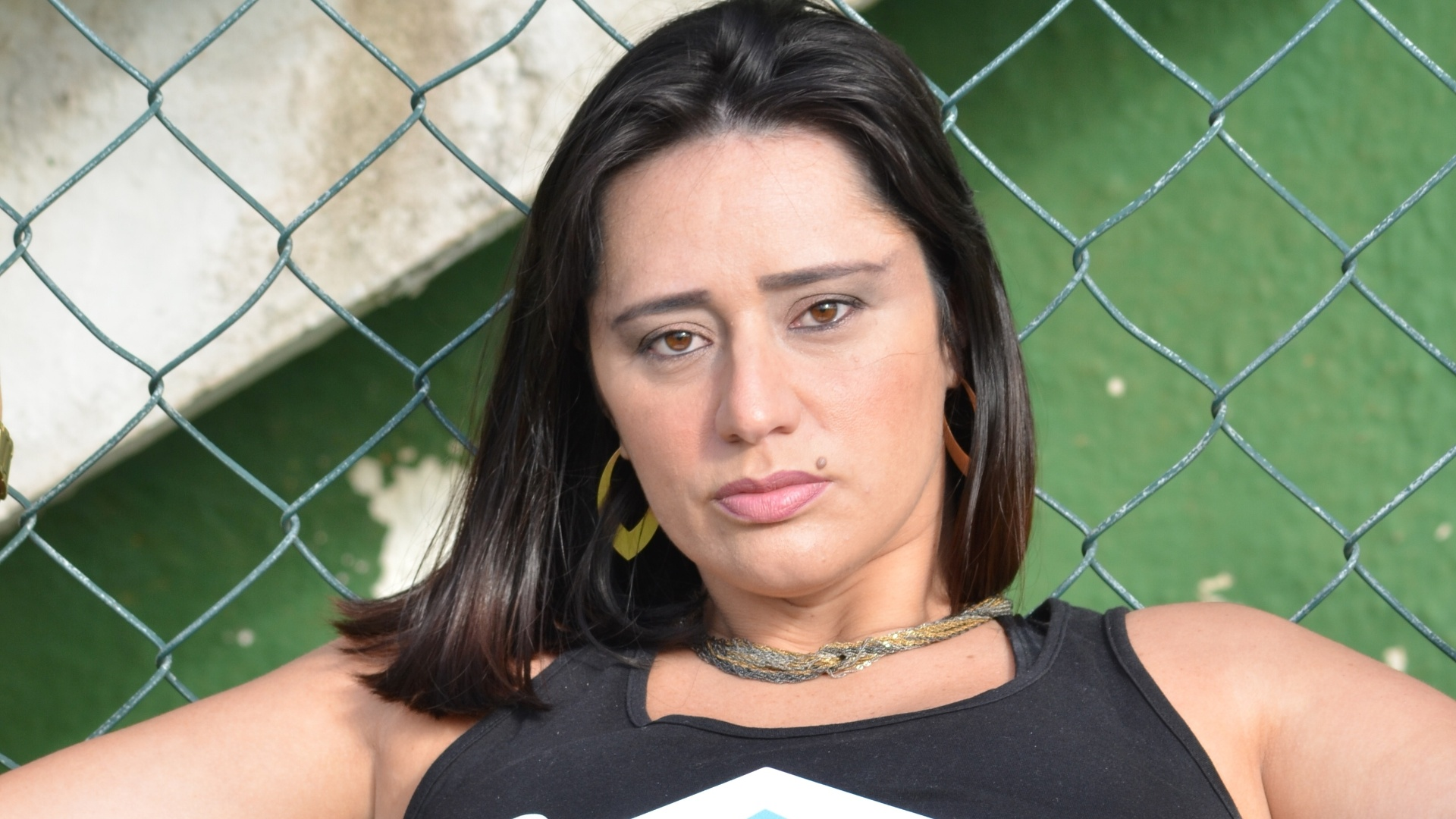 20.05.2015 - A cadeirante Vanessa Pimentel será ring girl no Favela Kombat, em mais uma tentativa do evento de