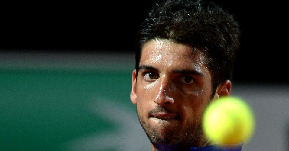 Thomaz Bellucci olha bola durante o Masters 1000 de Roma