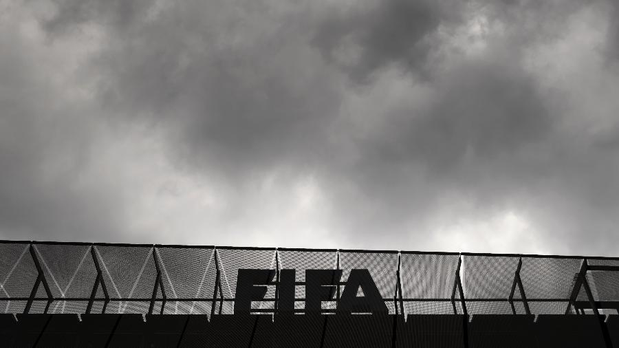 Empresa reconhece ter pagado propina a James Webb, ex-vice-presidente da Fifa e presidente da Concacaf entre 2012 e 2015 - AFP PHOTO / FABRICE COFFRINI