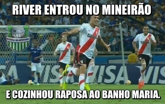 305f1b0cd5 Fotos  Cruzeiro vira alvo de piadas após derrota por 3 a 0 para o ...