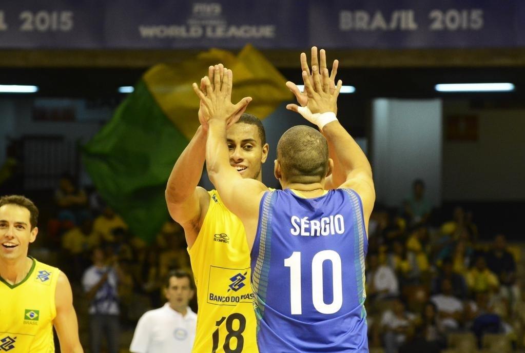 Serginho volta à seleção brasileira masculina de vôlei depois de três anos