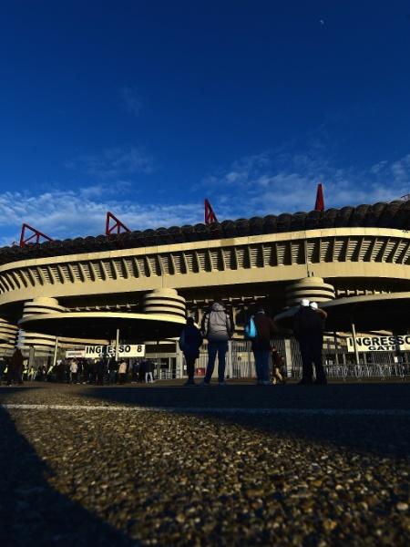 O ocorrido foi a dois quilômetros do estádio Giuseppe Meazza - Getty Images