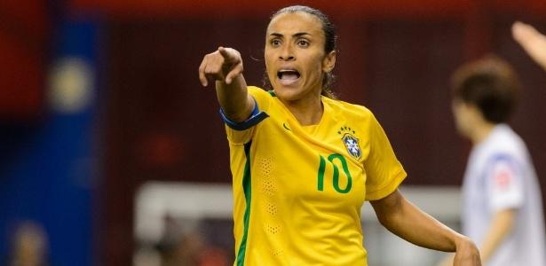 Marta assinou abaixo-assinado contra o gramado sintético na Copa do Mundo Feminina - Minas Panagiotakis/Getty Images/AFP