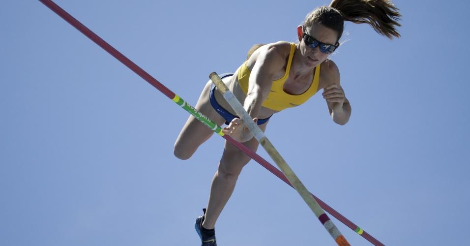 Fabiana Murer fez o terceiro melhor salto de sua carreira em Nova York