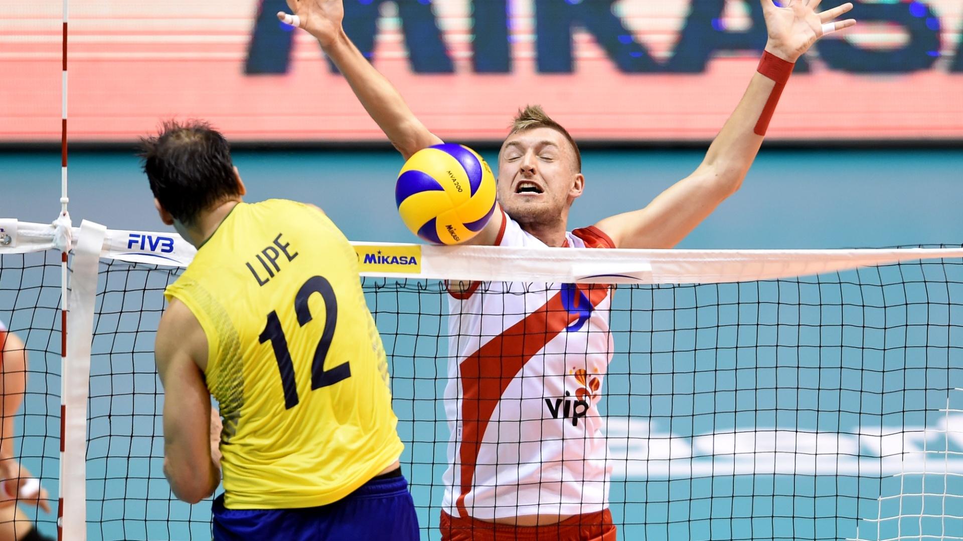 Lipe encara o bloqueio da Sérvia em jogo válido pela Liga Mundial