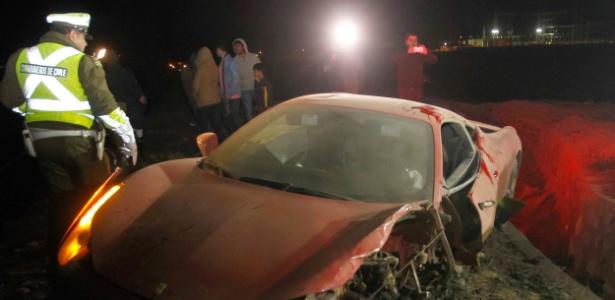 Carro de Vidal ficou destruído depois do acidente