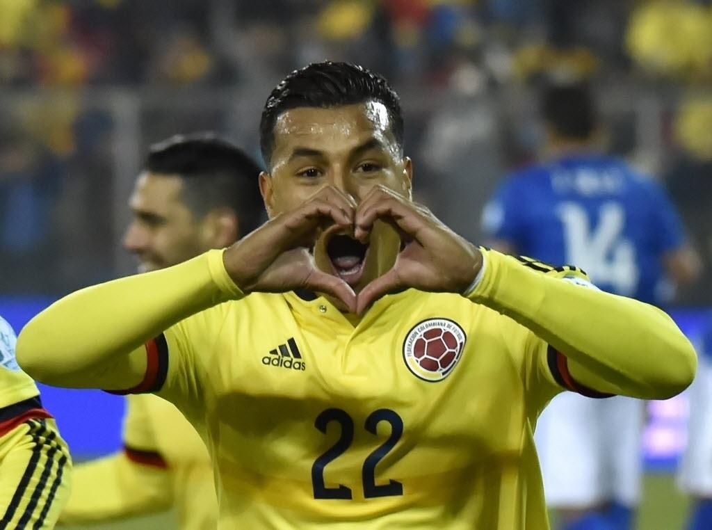 Murillo comemora gol da Colômbia contra o Brasil na Copa América