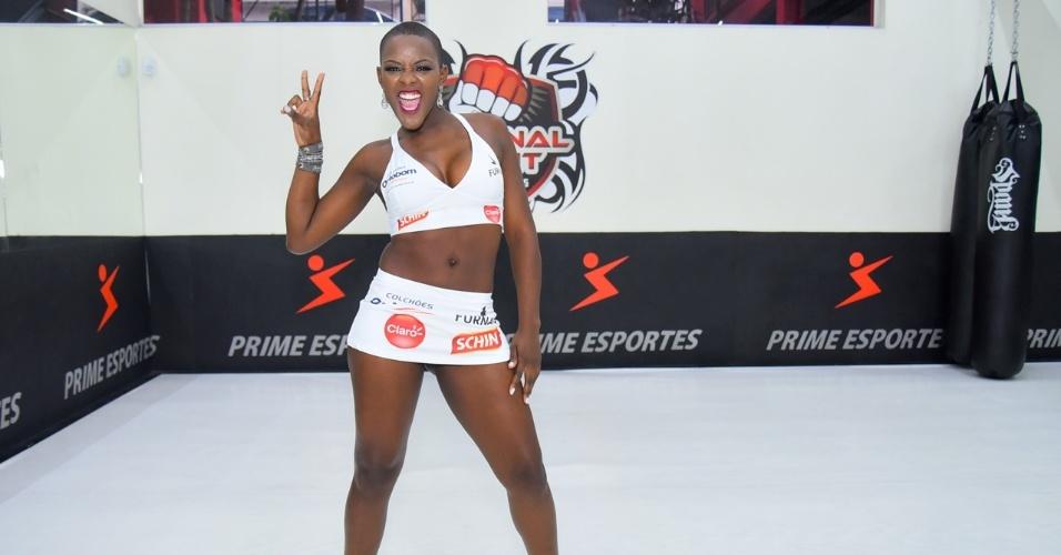Vanessa, campeã do BBB 14, ganhou companhia de outra ex-participante do reality show para participar como ring girl do Jungle Fight. Na edição de São Paulo, em 20 de julho, Angélica Ramos também desfilará com as placas. O evento terá duas disputas de cinturão