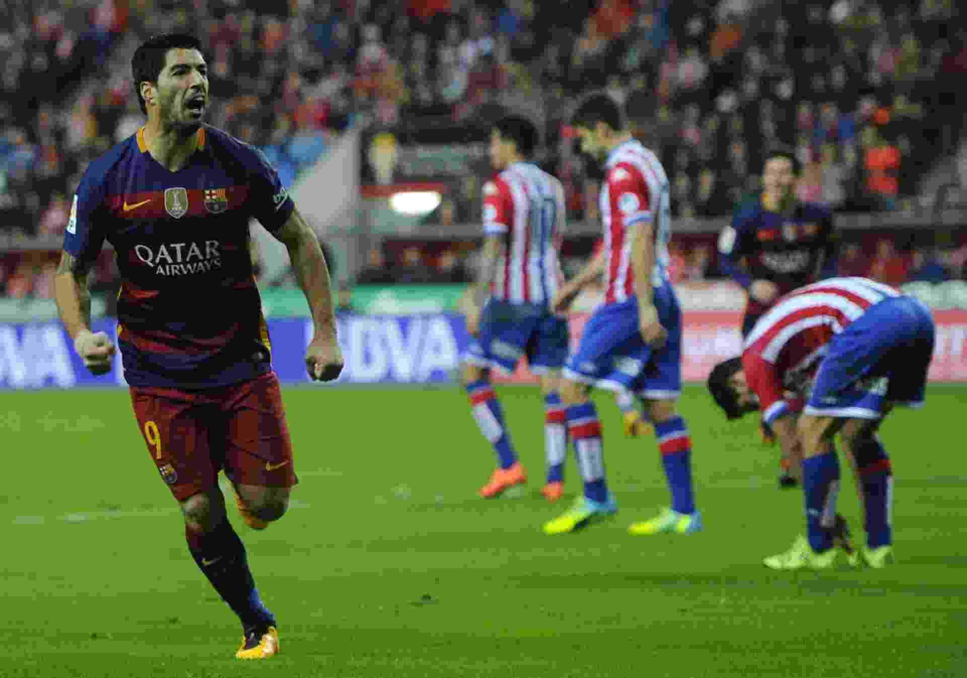 Luis Suárez marca após errar cobrança de pênalti - Miguel Riopa/AFP Photo