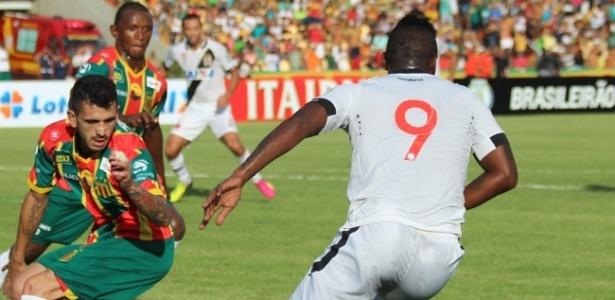 Vasco está em busca de um camisa 9 para substituir colombiano Riascos