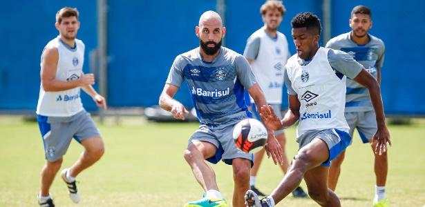 Bruno Rodrigo e Cortez serão titulares contra o São Paulo-RS, em Rio Grande - Lucas Uebel/Grêmio