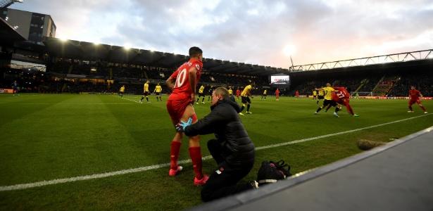 Coutinho sofreu com uma lesão na última partida do Liverpool