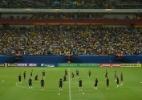 Diante de 36 mil torcedores, seleção treina incompleta em Manaus - Pedro Martins/MoWa Press