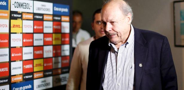 José Carlos Peres antes de Santos x Independiente; presidente está sob pressão