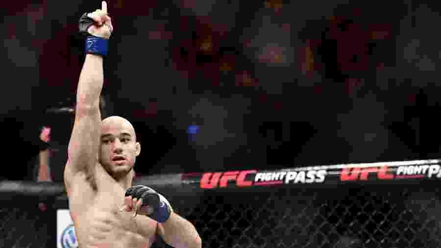Marlon Moraes encara Aldo para se recuperar da derrota para Henry Cejudo, na disputa pelo cinturão dos galos - Leandro Bernardez/Ag. Fight