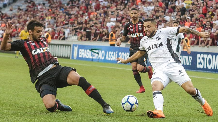 Jogador caiu no exame antidoping pelo uso de Higenamina após jogo do Athletico contra o Vasco - Gabriel Machado/AGIF